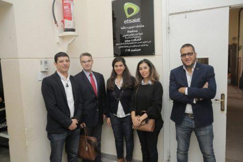 صورة في إطار استراتيجيتها الداعمة لقطاع الصحة : اتصالات مصر تدعم قصر العيني بحلول تكنولوجية تخدم 3000 طالب
