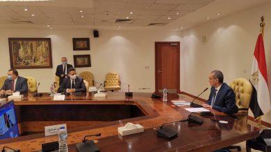 صورة تعاون بين العربية للتصنيع والقومية للبريد لتصنيع  50 سيارة بريدية متنقلة مزودة بماكينات ATM قبل نهاية هذا العام