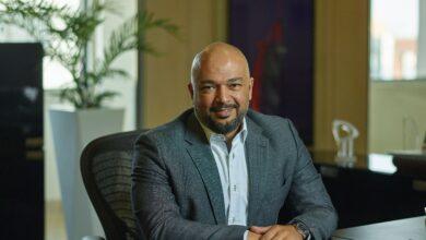 صورة المهندس حازم متولي الرئيس التنفيذي لشركة اتصالات مصر : 55 مليار جنيه اجمالي استثمارات الشركة بالسوق المصري