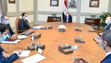 صورة بعد أن وصلت المشكلة للرئيس السيسي : اجتماعات لحل مشكلة تراخيص أبراج المحمول