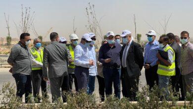صورة وزير الإسكان يتفقد مشروع الحدائق المركزية ومحور الشيخ محمد بن زايد الجنوبي بالعاصمة الإدارية الجديدة