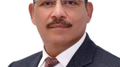 صورة قرار جمهوري بتجديد تكليف  اللواء أ. ح / حسن عبد الشافي أحمد رئيساً لهيئة الرقابة الإدارية