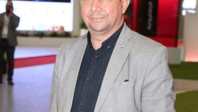 """صورة أعمدة قطاع الاتصالات والكتاب الصحفيون ينعون الفقيد """"أحمد عواد"""" في حفل تأبينه"""